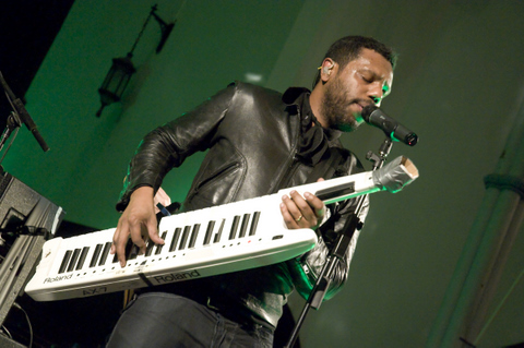 The Dears @ Eglise St-James (MONTREAL)