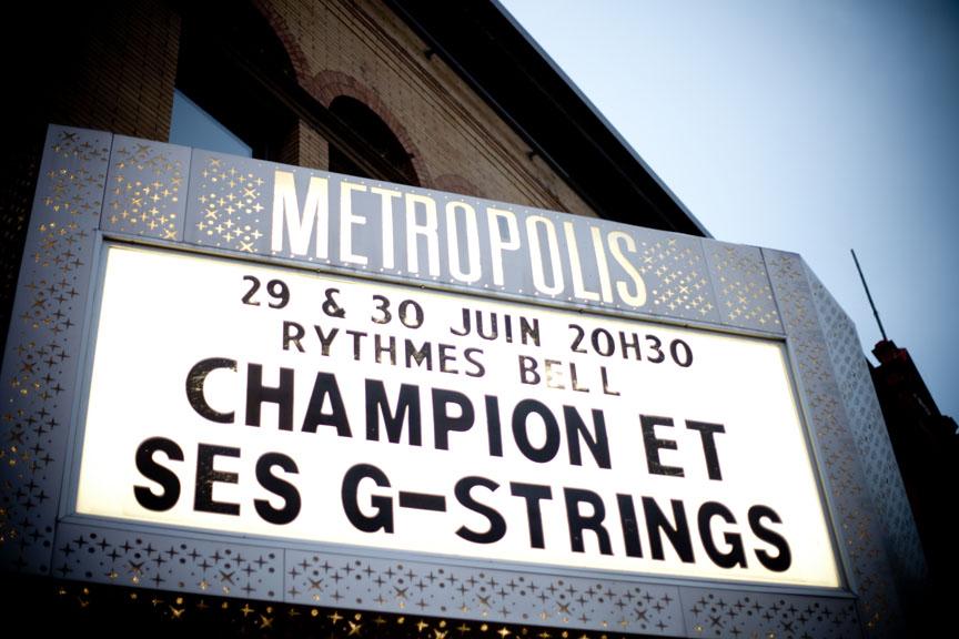 Retour officiel de DJ Champion et ses G-Strings au Festival de Jazz