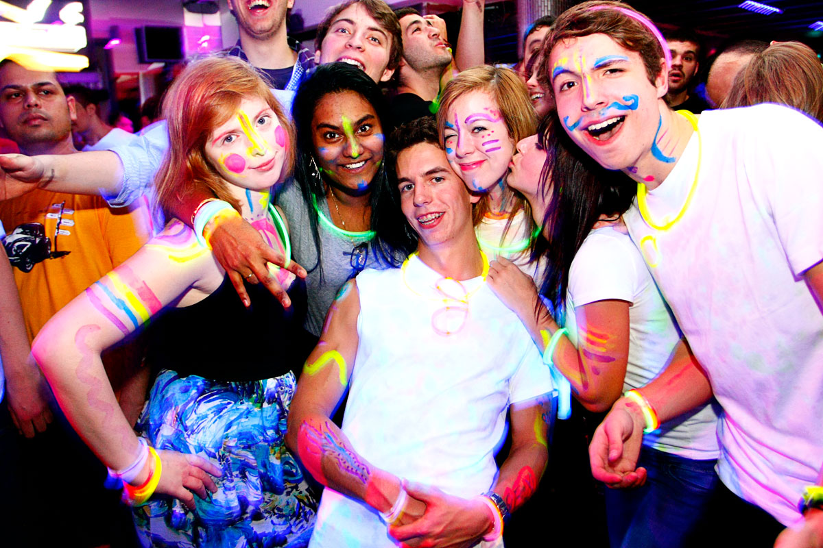 Fluo Night @ Light UltraClub: flash tes couleurs