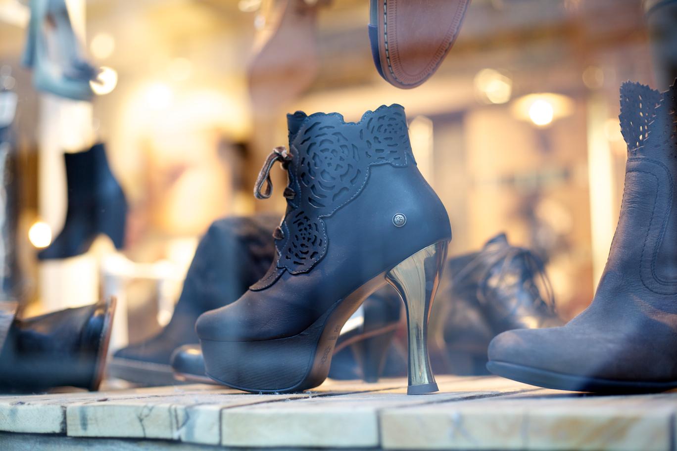 Photos de l'événement Fashion's Night Out: aventure nocturne dans le Vieux-Montréal