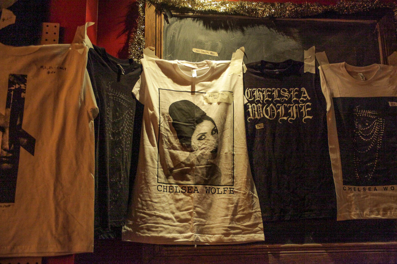 La chanteuse folk Chelsea Wolfe réchauffe le coeur de ses fans au Il Motore
