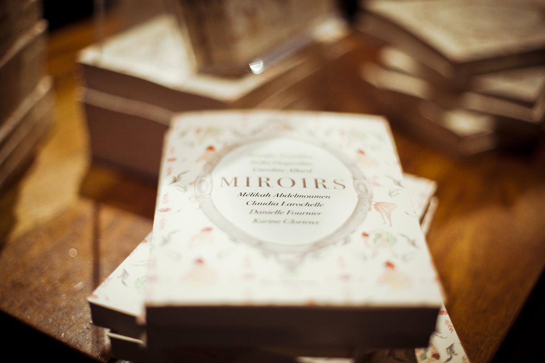 Un succès pour le lancement du recueil «Miroirs» au TNM!