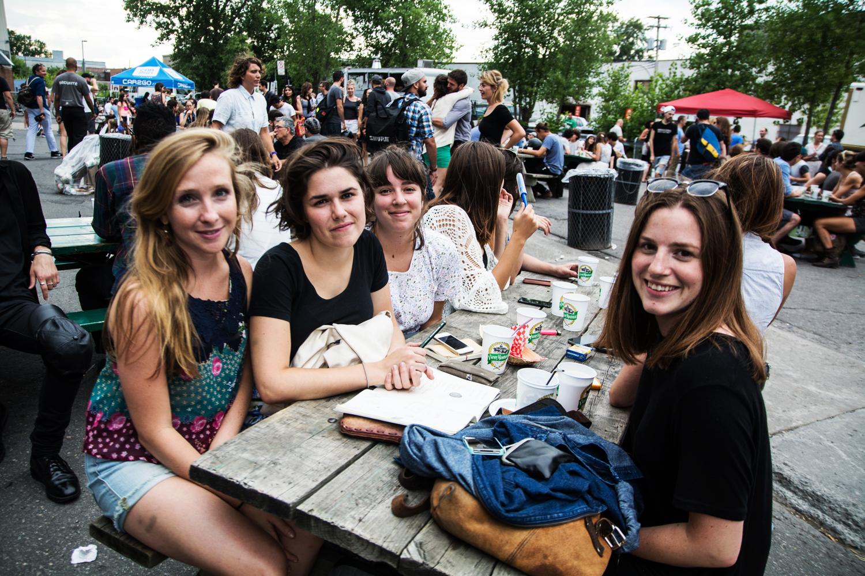 Les Survenants du Mile-End: un gros party de foodtrucks, de musique et de fripes!