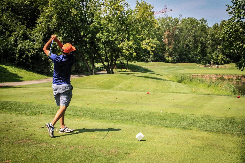 On a eu un bon swing au tournoi annuel de golf!