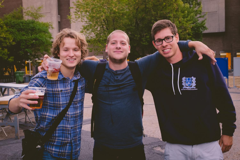 4 à 7 de la rentrée FAÉCUM: musique, hot-dogs et bières!