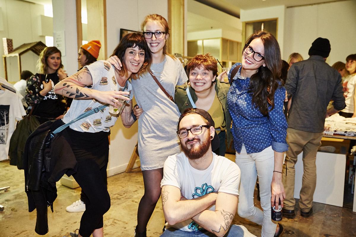 Le collectif Le Cartel lance sa très nice collection de chandails MTL et on en veut un!