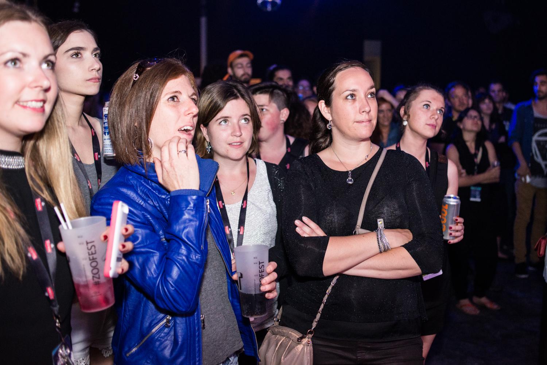 ZOOFEST 2015: party de clôture aux sourires étampés dans face à l'Agora de l'UQAM