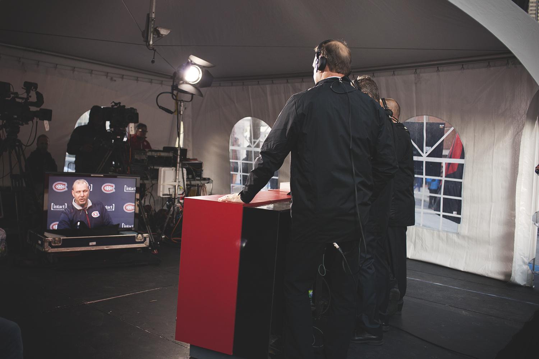 Party de célébrités sur le tapis bleu du Centre Bell avant la victoire du CH