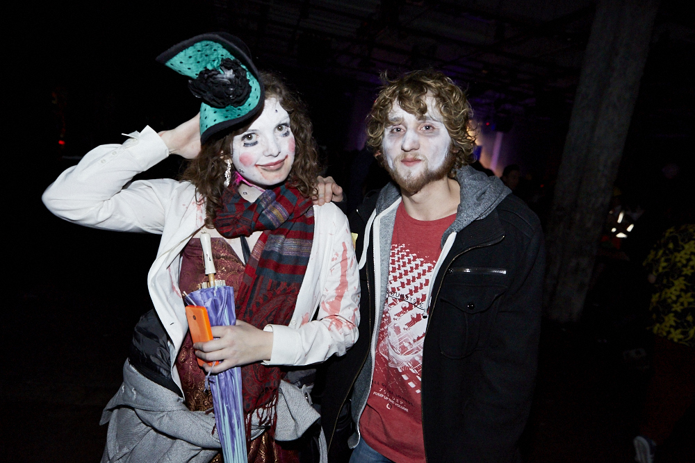 La SAT en met plein la vue avec son party d'Halloween sur deux étages
