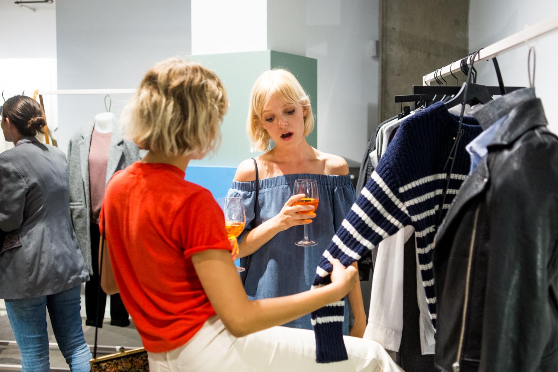 Frank + Oak lance une première collection pour femmes très (trop?) sobre