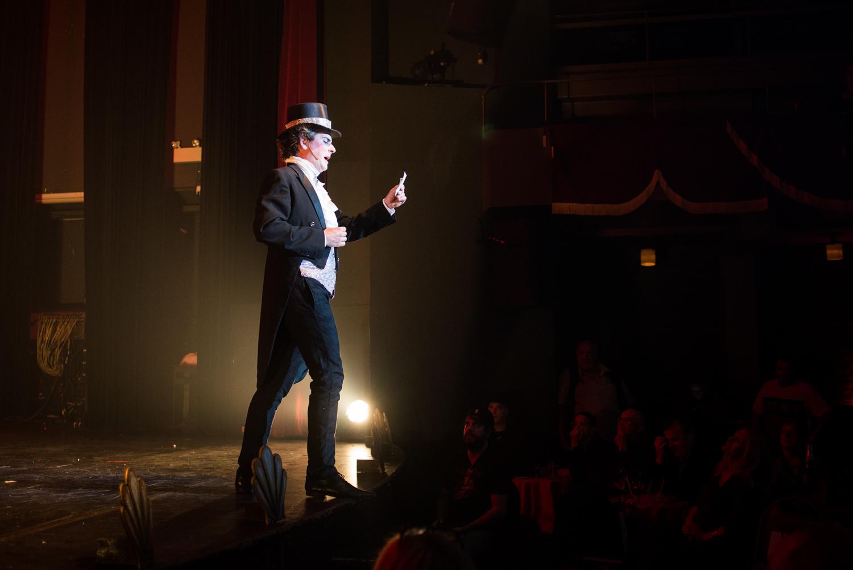 Le spectacle d'ouverture du Festival burlesque de Montréal nous a vraiment donné CHAUD!