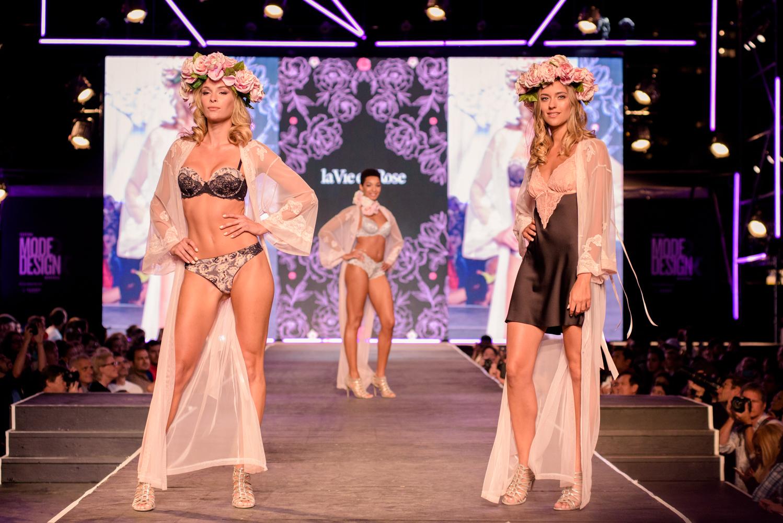 La Vie en Rose offre un défilé des plus sexy au Festival Mode & Design