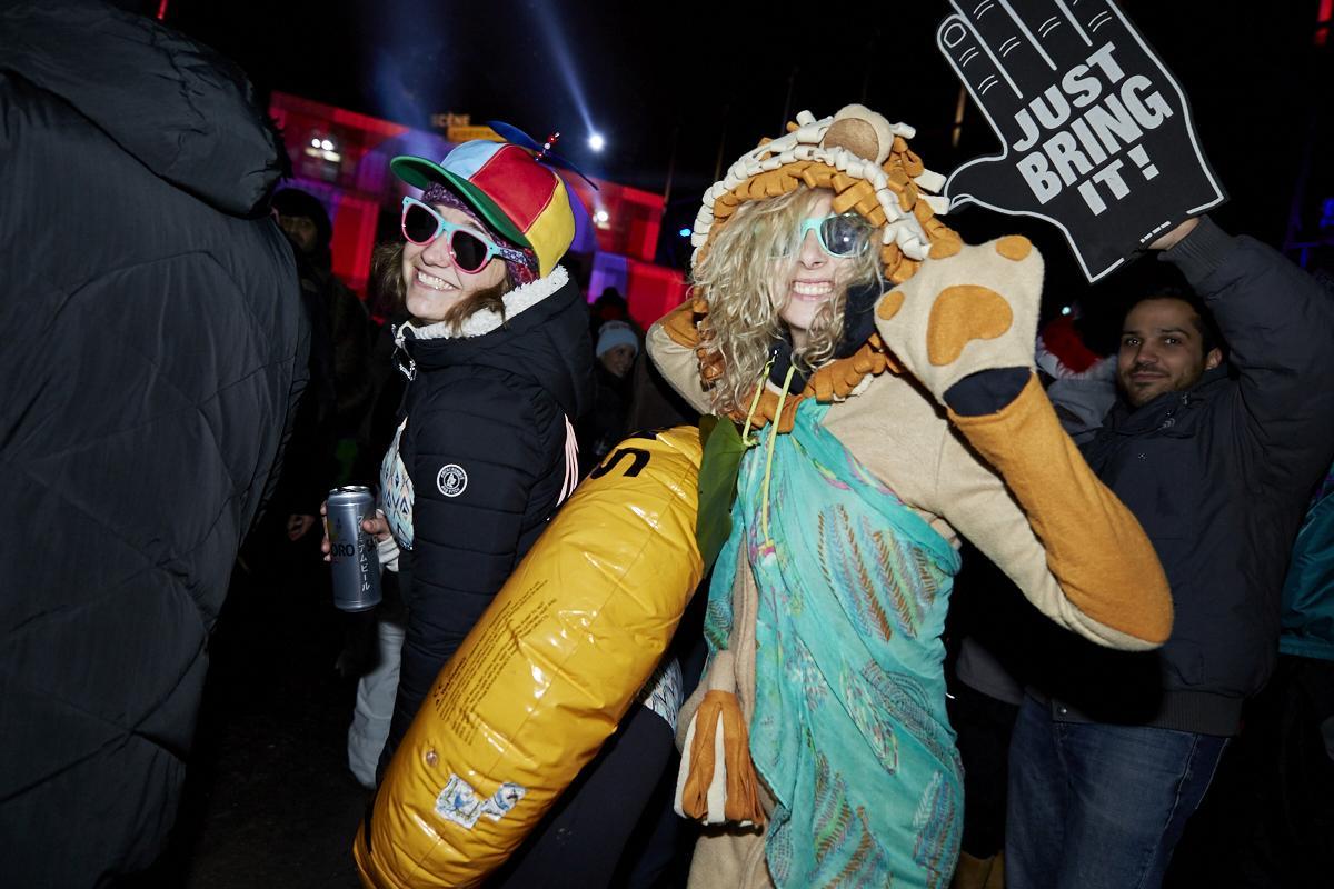 TOP photos des costumes les plus intenses vus à IGLOOFEST Montréal