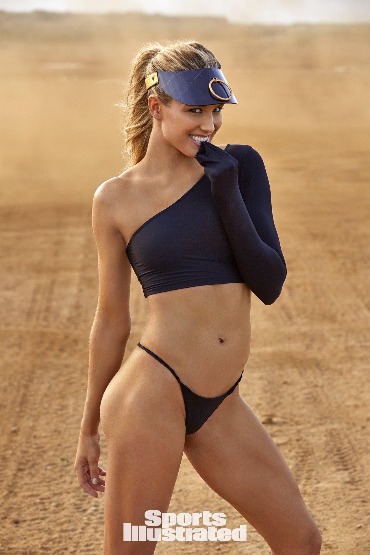 36 photos très HOT d'Eugenie Bouchard en maillot pour le nouveau Sports Illustrated