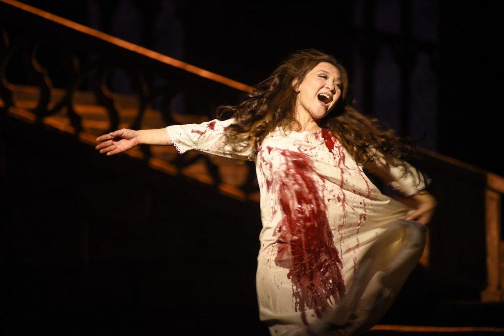 Kathleen Kim (Lucia) Lucia di Lammermoore Opéra de Montréal